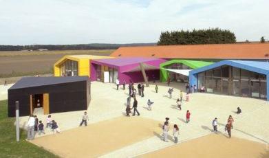 AIR设计法国Pierrelaye儿童康乐中心1