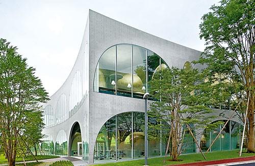 自由的思想栖息地-Tama Art College Library 1