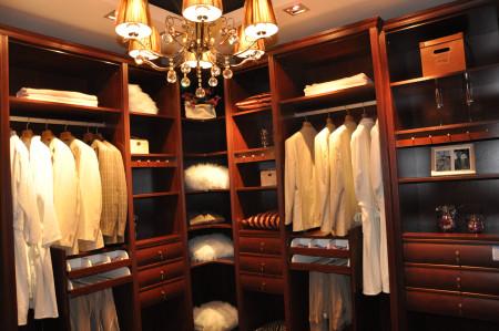 舒淇代言索菲亚衣柜 国际风范时尚独特