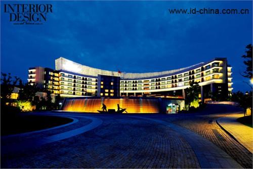 阳澄湖费尔蒙酒店外景。