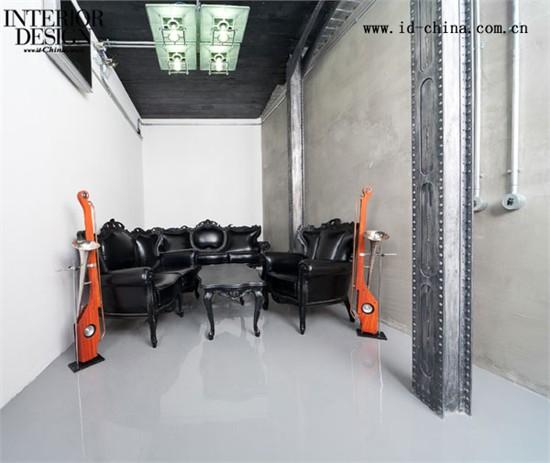 服务器设在美国_Yaroslav Galant设计复古苏联车间式办公室_美国室内设计中文网