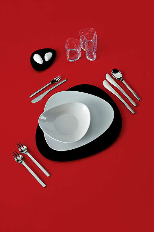 图形设计餐具的联想