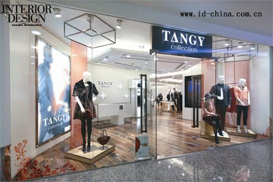 欧比可建筑设计事务所在日前完成的上海天意品牌专卖店设计中,将丝绸