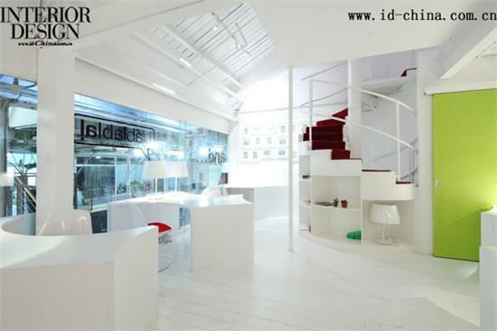 纯白星系——纳索建筑设计工作室设计