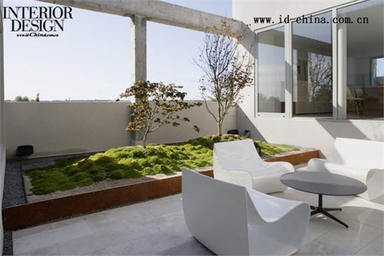 ábaton建筑事务所在马德里设计错层复式住宅