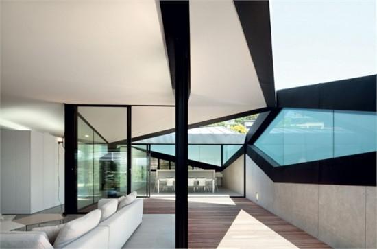 澳大利亚坡屋顶别墅