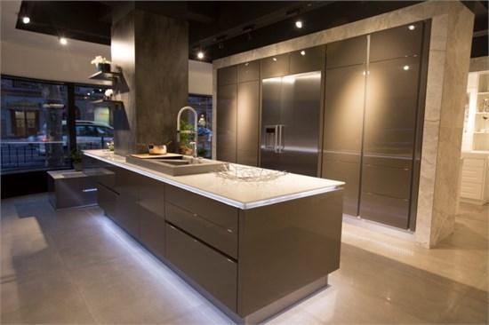 布局大师坐阵厨房头等舱_美国室内设计中文网