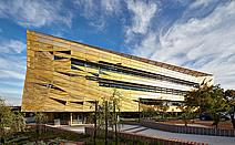 寓教于乐:澳大利亚珀斯埃迪斯科文大学学生服务中心Ngoolark