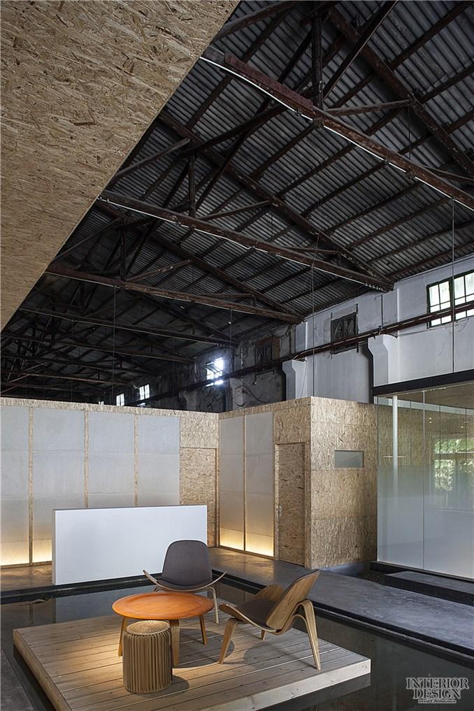 废品收购仓库的再构_美国室内设计网